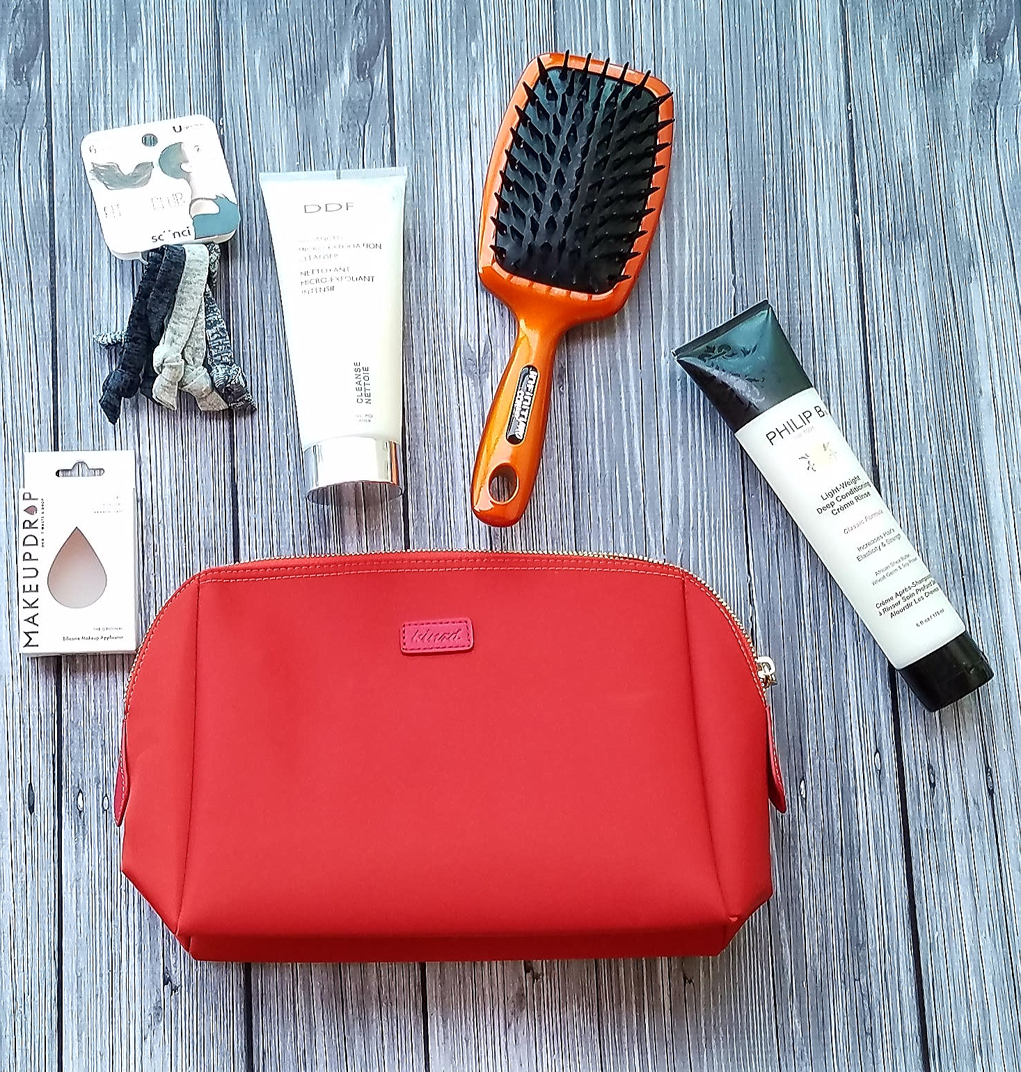 Travel Bag Essentials for this Summer